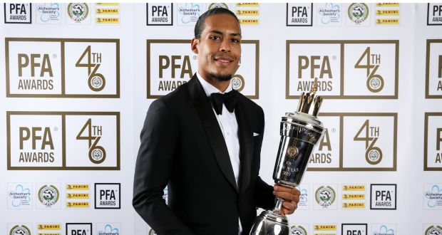 VAN DIJK BERHASIL MENANGKAN PLAYER OF THE YEAR DI PREMIER LEAGUE